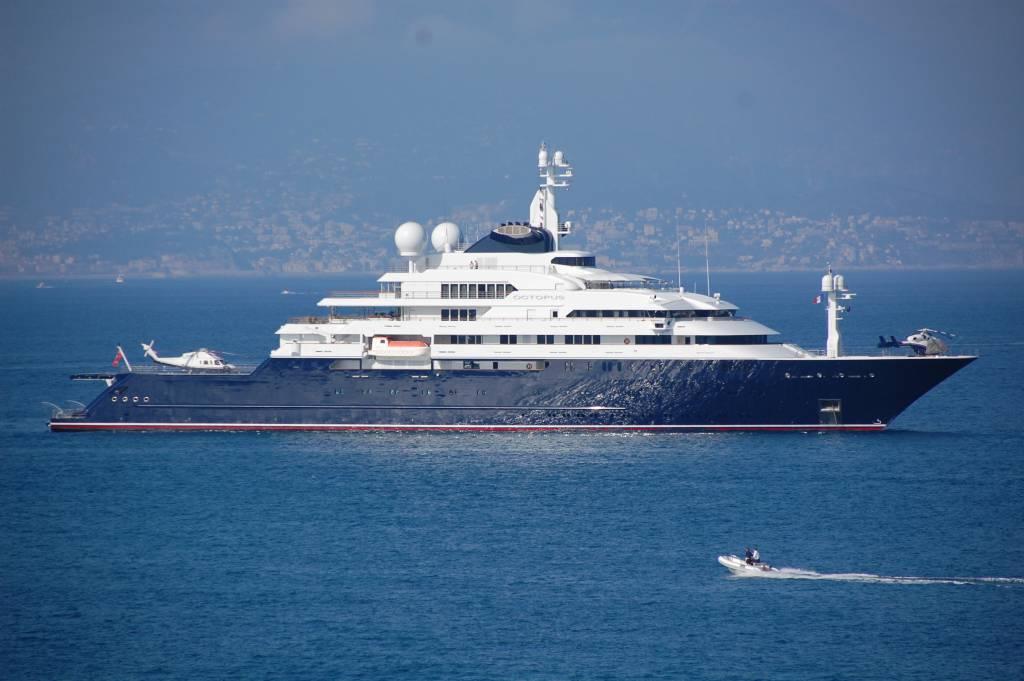 octupus super yacht