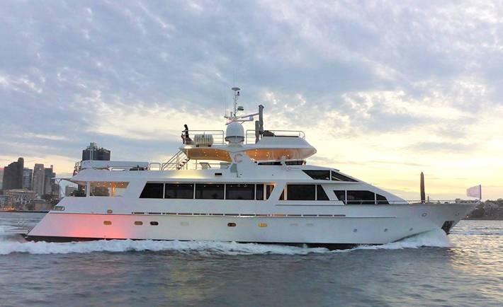 CORROBOREE Boat Charter
