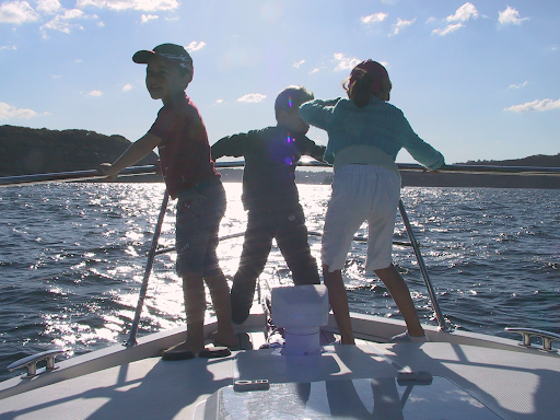 Make this Easter Special with a Boat Hire in Sydney