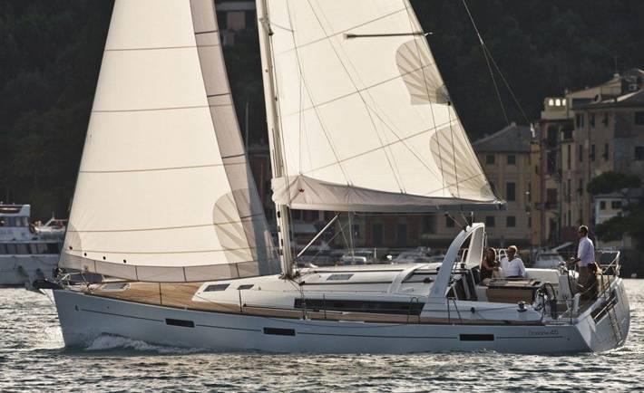Beneteau 45 Yacht Charter