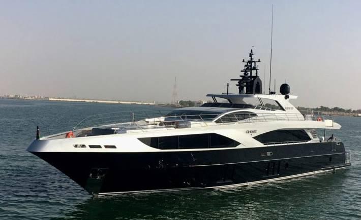Ghost II Luxury Boat Hire