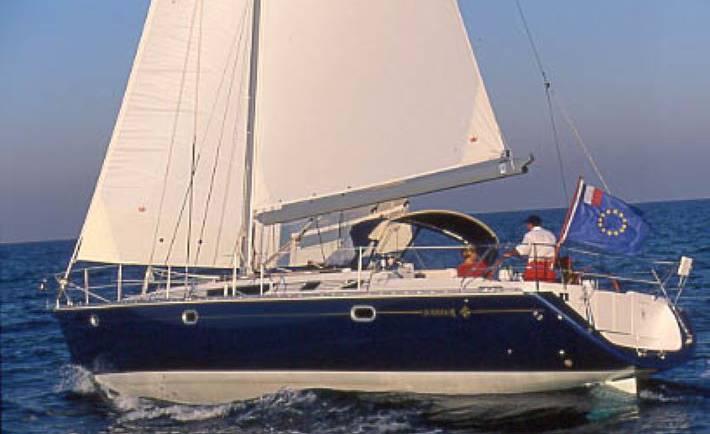 Jeanneau 45 Luxury Yacht