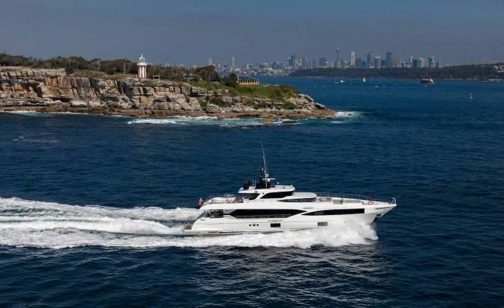 OneWorld Luxury Boat Charter